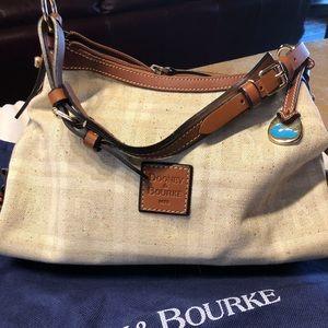 Dooney & Bourke Fabric Purse Mint condition